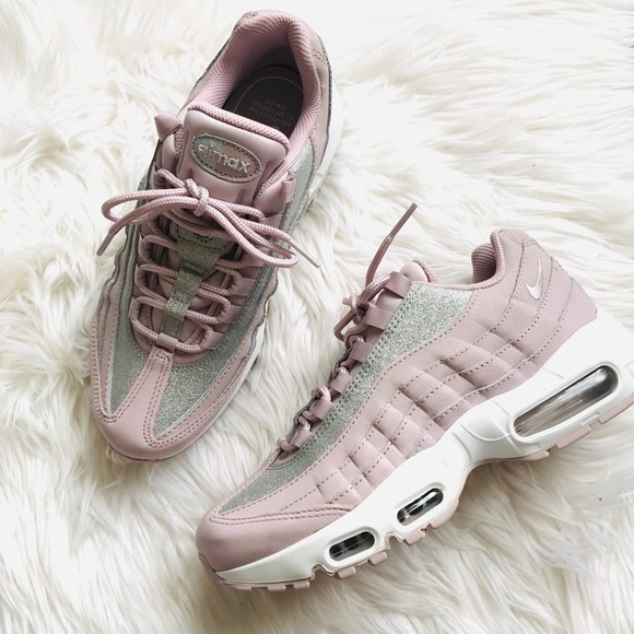 Nike Air Max 95 special edition glitter pink NWT
